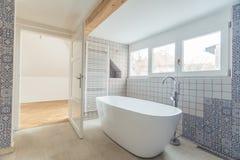 Empty modern bathroom Royalty Free Stock Image
