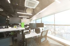 Free Empty Modern Open Plan Office Stock Images - 148111244