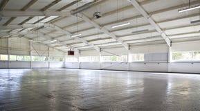empty modern warehouse Fotografering för Bildbyråer