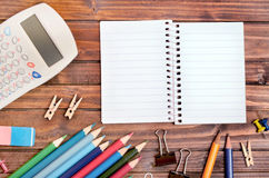Empty notepad with office supply Royalty Free Stock Photos