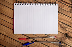 Empty notepad and pen Royalty Free Stock Image