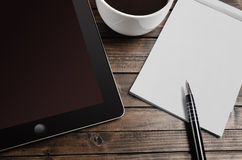 Empty notepad with tablet Royalty Free Stock Photography