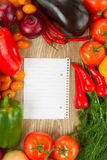 Empty paper note   with vegetables Royalty Free Stock Images