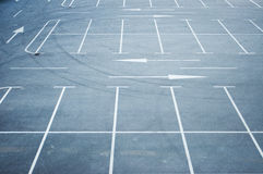 Free Empty Parking Lot Royalty Free Stock Photography - 44701847