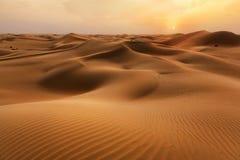 Free Empty Quarter Desert Dunes At Liwa, Abu Dhabi, United Arab Emirates Stock Photo - 180026340
