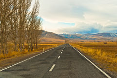 Empty road with mountain landscape Royalty Free Stock Photos