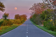 Empty road at sunset Royalty Free Stock Photo