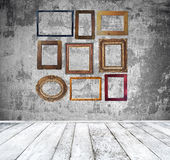 Empty room with vintage frames Royalty Free Stock Images