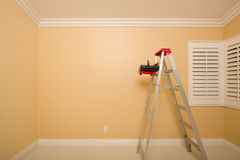 Free Empty Room With Ladder, Paint Tray And Rollers Royalty Free Stock Image - 18030836