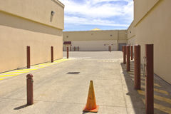 Free Empty Spaces Behind The Shopping Mall. Stock Photos - 42223263