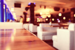 Empty table background. Blur interior of the restaurant Royalty Free Stock Photos