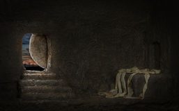 Free Empty Tomb Of Jesus Royalty Free Stock Photo - 67764535