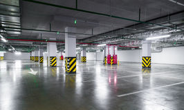 Empty underground parking garage Royalty Free Stock Images