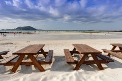 Empty wooden table on the beach Royalty Free Stock Photos