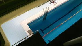 Emty zwembad met stegen Oost-Europa stock afbeeldingen