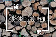 En écrivant l'apparence de note souscrivez la présentation Podcast de photo d'affaires rendent un abonnement à l'émission en lign photo libre de droits