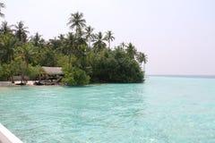 En ö i Maldiverna Arkivfoton