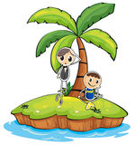 En ö med två pojkar Arkivbild