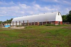 En övergiven ladugård i Minnesota Arkivbilder