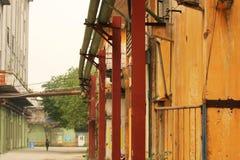 En övergiven plats av en gammal fabrik i panyu, guangzhou, porslin arkivfoton