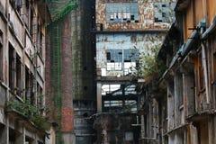 En övergiven plats av en gammal fabrik i panyu, guangzhou, porslin arkivfoto