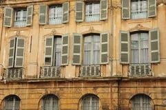 En Провансаль AIX, Франция - 21-ое апреля 2016: живописный город в sp Стоковое Изображение RF