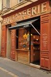 En Провансаль AIX, Франция - 21-ое апреля 2016: хлебопекарня Стоковое фото RF
