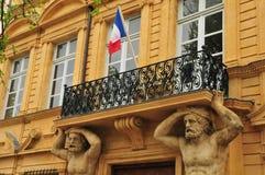 En Провансаль AIX, Франция - 21-ое апреля 2016: cours Mirabeau Стоковые Изображения RF