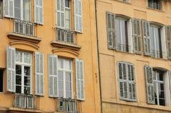 En Провансаль AIX, Франция - 21-ое апреля 2016: cours Mirabeau Стоковые Изображения