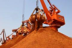 En 2012, las importaciones del mineral de hierro del chino Foto de archivo libre de regalías