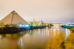En abril de 2015 - visión panorámica la arena deportiva de la pirámide en Memph Imagenes de archivo