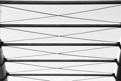 En abstrakt monokrom modell av järnkonstruktionen Royaltyfri Fotografi
