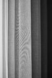 En abstrakt svartvit bakgrund Royaltyfria Bilder