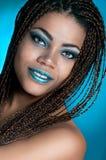 En afrikansk flicka med dreadlocks Royaltyfri Fotografi