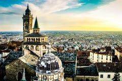En afton i Bergamo Arkivfoto