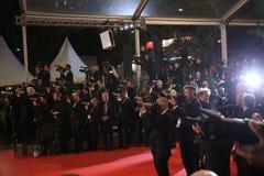 En allmän sikt av festivaler för atmosfärPalais des royaltyfria bilder
