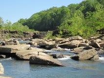 En amont en beau parc d'état d'île de roche au Th Photo libre de droits