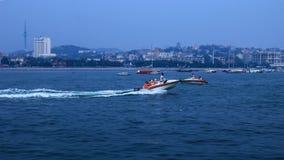 En angenäm sikt av den Qingdao sjösidan scenery2 royaltyfria foton