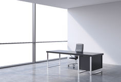 En arbetsplats i ett modernt panorama- kontor, kopieringsutrymmesikt från fönstren Ett begrepp av finansiell konsulterande servic vektor illustrationer