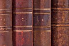 En arrière de vieux livres Photo libre de droits