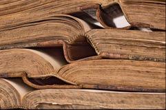 En arrière de vieux livres Photos libres de droits
