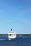 En arrière du bateau de croisière Image libre de droits