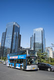 En Asie, en Chine, Pékin, bâtiment et trafic, Photos stock