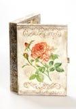En ask som dekoreras i decoupageteknik royaltyfria bilder