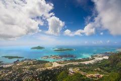 En augmentant Capolia traînez des îles des Seychelles/de belle vue du haut de l'île Seychelles image stock