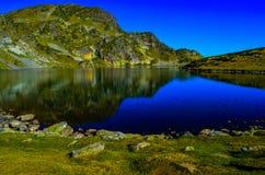 En av de sju Rila sjöarna Fotografering för Bildbyråer