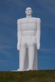 En av fyra enorma vit manstatyer, Esbjerg, Danmark Fotografering för Bildbyråer