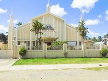 En av kyrkorna för Iglesia Ni Cristo i Santo Tomas royaltyfri fotografi