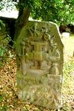 En av många unika gamla kyrkogårdar i UK Arkivfoton