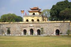 En bastion av den gamla citadellen av Hanoi vietnam arkivfoto